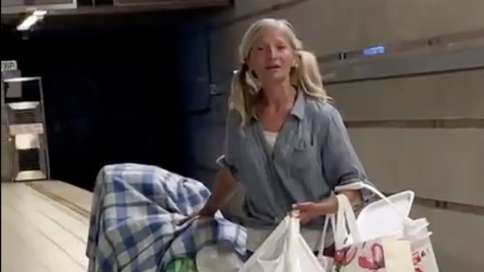 Homeless woman viral opera performance may get her off the streets
